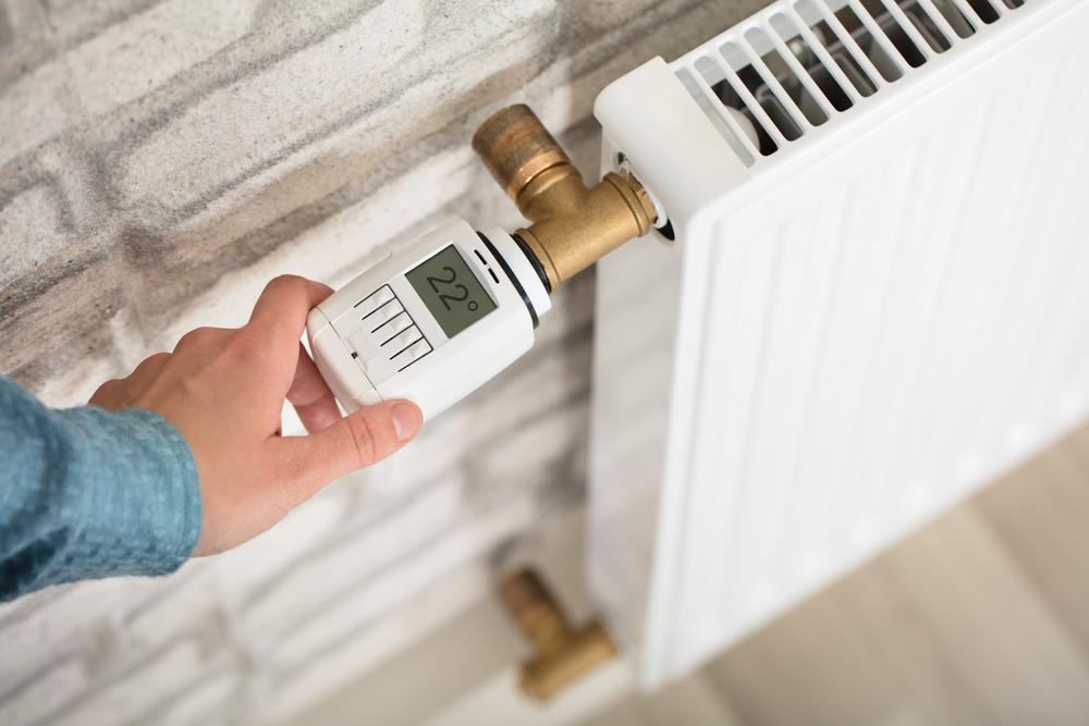 7 consigli utili per risparmiare sul riscaldamento e utilizzare bene le valvole